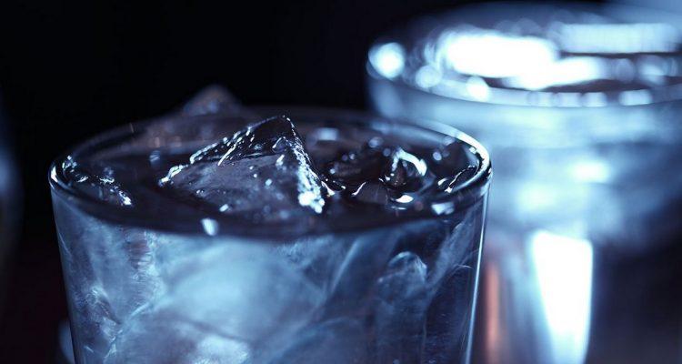 c3a9tat-liquide-eau-glace-750x400
