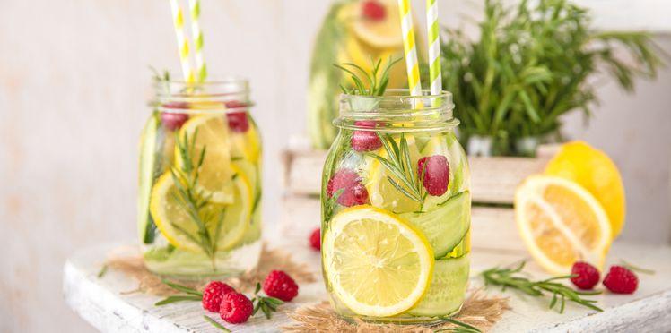 eau-infusee-nos-recettes-a-0-calorie-pour-trinquer-tout-l-ete